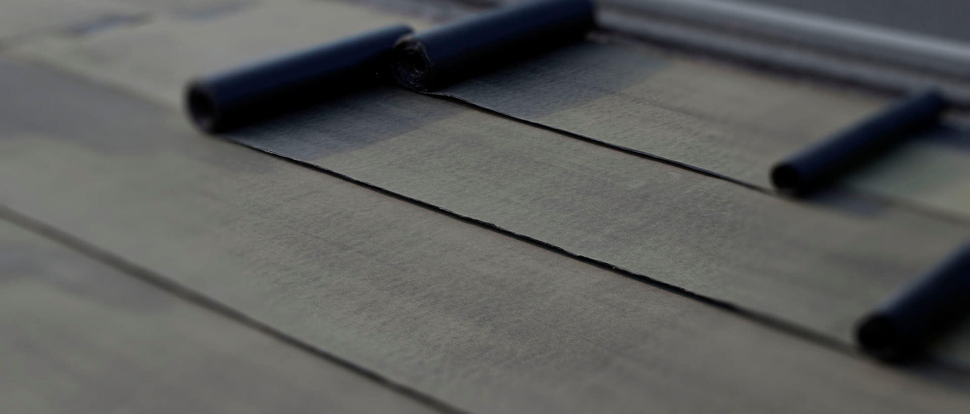 Slider blurred rubber roofs