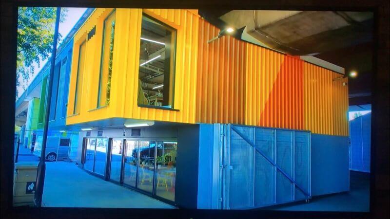Cargo container building
